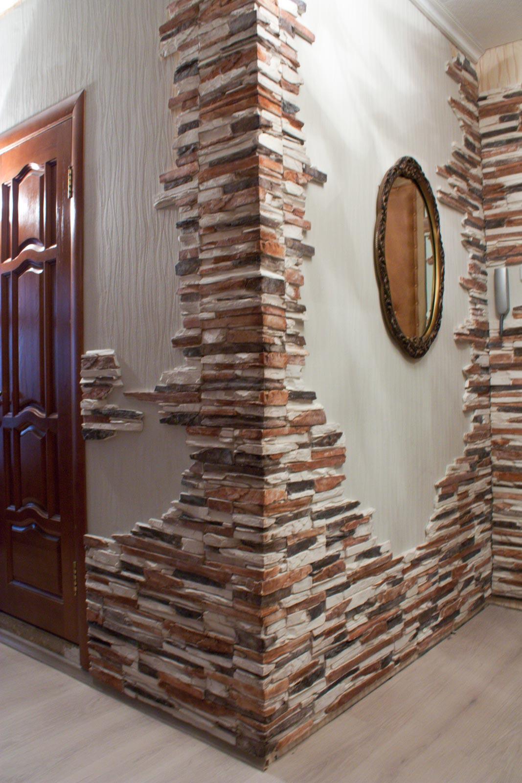 Искусственный декоративный камень в интерьере: достоинства и недостатки, инструкция и советы по укладке своими руками