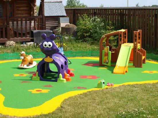 Обустройство детской площадки на даче - рекомендации